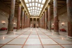 Peristyl_Parlament1